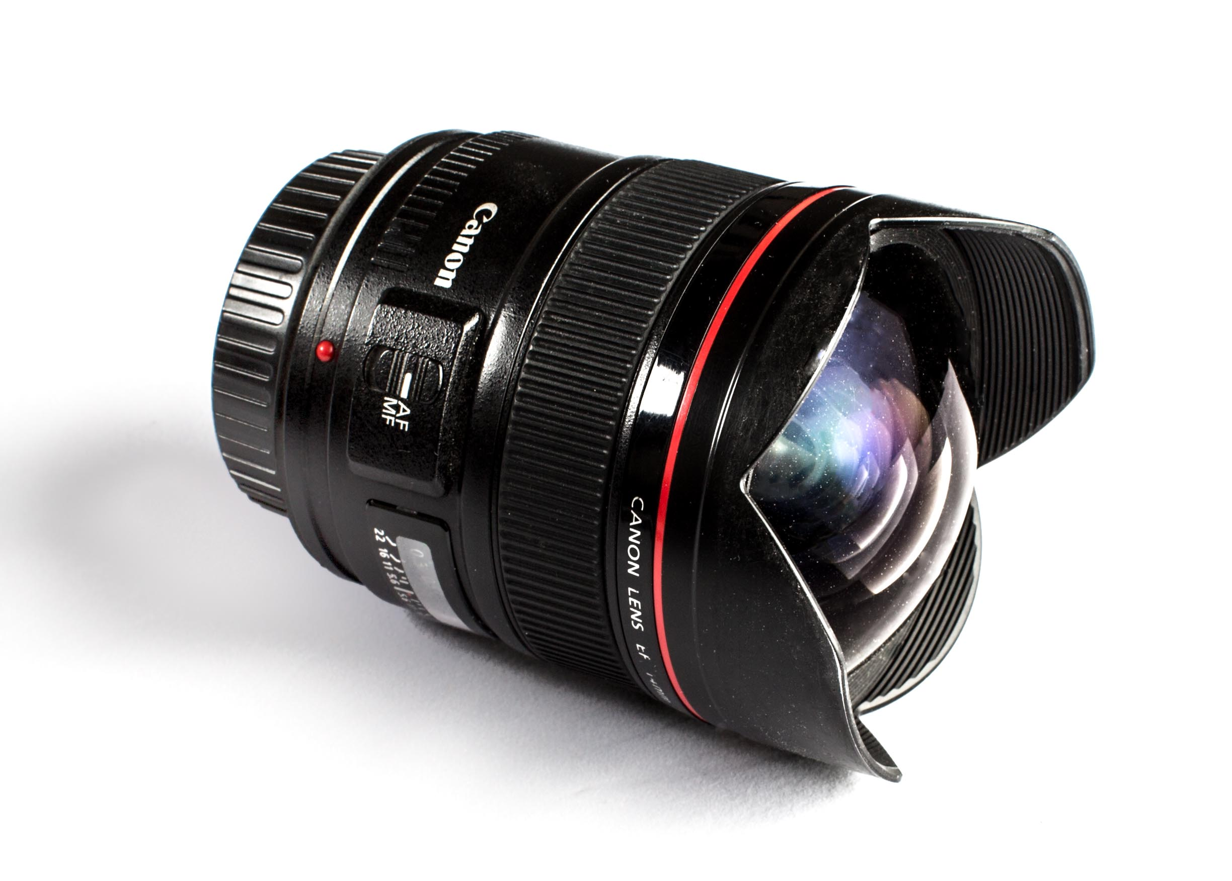 Canon 14mm EF f/2.8 lens review